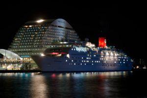 cruise ship 448444 1280 300x199 - cruise-ship-448444_1280