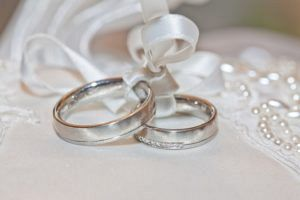 wedding 2544405 640 300x200 - wedding-2544405_640