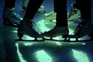 ice disco 1862454 1920 300x200 - ice-disco-1862454_1920