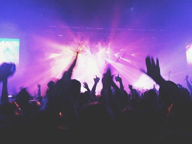 concert 1149979 640 - プリズ(PRIZMAX )が解散、最後のライブは3月27日。