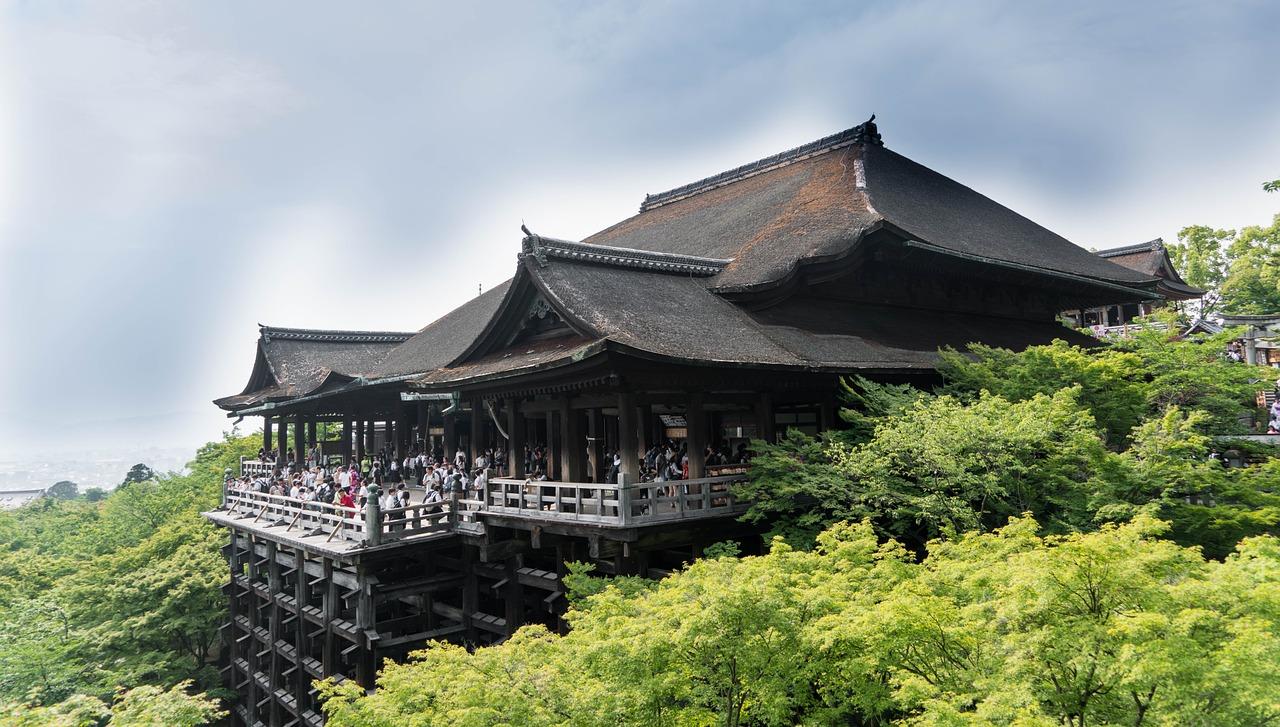 japan 1432858 1280 - ゴールデンウィーク2020年、おすすめ関西旅行。 イベント・穴場・ツアーもチェックしよう。